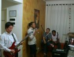 Rodrigo Seithy (guitar), Irma Garcia (voz) Alex Costa e Elaine (backing)